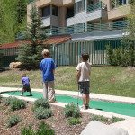 miniature golf kids playing